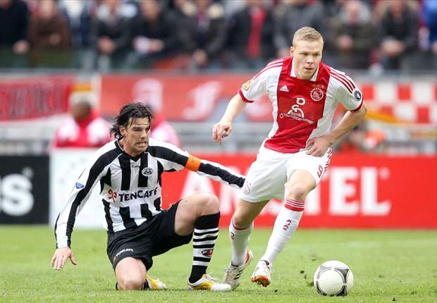Sigthorsson injury blow for Ajax