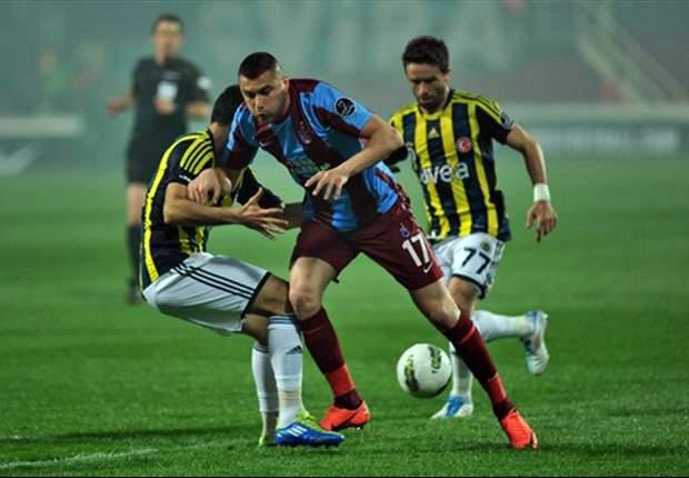 La Lazio ha già individuato il bomber da affiancare a Klose: il turco Burak Yilmaz potrebbe presto vestire biancoceleste