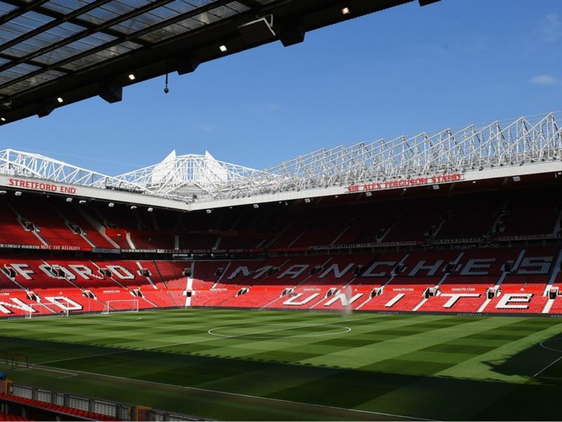 Non può andare allo stadio: il Manchester United lo squalifica per un anno