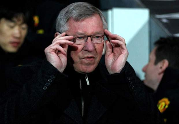 Sir Alex Ferguson concerned by Manchester United's 'cartoon' defending