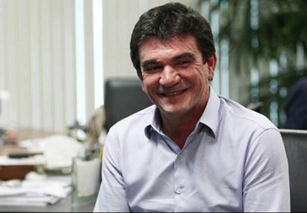 """Andres Sanchez duvida de estilo de jogo do Barça: """"É tudo balela"""""""