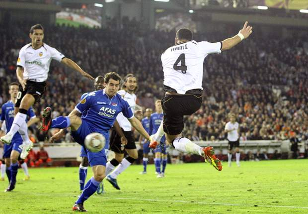 Valencia 4-0 AZ (Agg 5-2): Spanish side put domestic woes behind them to book semi-final spot in convincing fashion