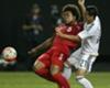 Sounders sign Panama center back Roman Torres
