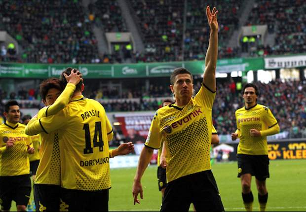 Wolfsburg 1-3 Borussia Dortmund: Lewandowski and Gundogan strike to keep Klopp's men top