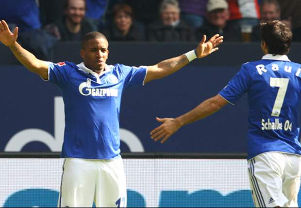 Farfan extends Schalke contract to 2016