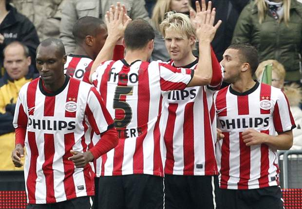 PSV - AZ Preview: Visitors looking to close in on league leaders Ajax with victory in Eindhoven