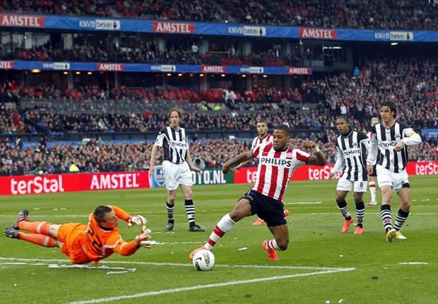 PSV veel te sterk voor Heracles in bekerfinale