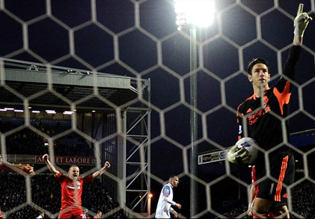 Liverpool's Australian goalkeeper Brad Jones dedicates penalty save to memory of son Luca