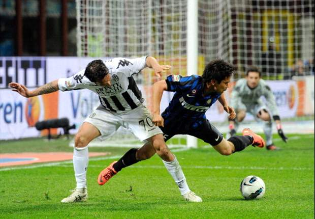 Inter 2-1 Siena: Milito double clinches victory and keeps Nerazzurri's slim Champions League hopes alive