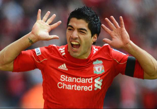 Liverpool striker Suarez dreams of playing in Spain