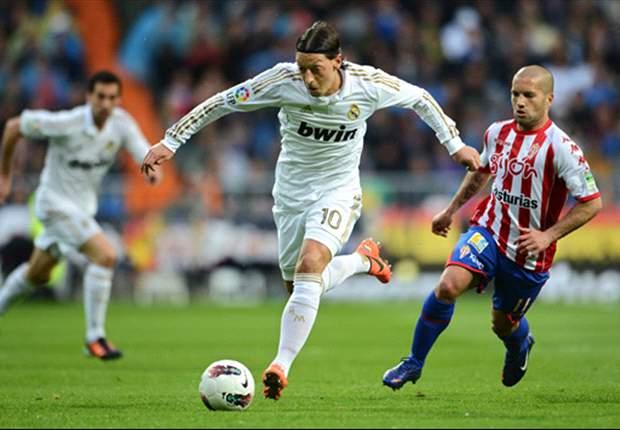 Ozil, sólo por detrás de Messi en asistencias