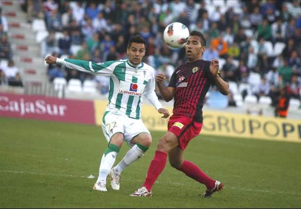 Alcoyano 3-3 Córdoba: Pepe Díaz da un punto y mantiene las opciones blanquiverdes de ascenso