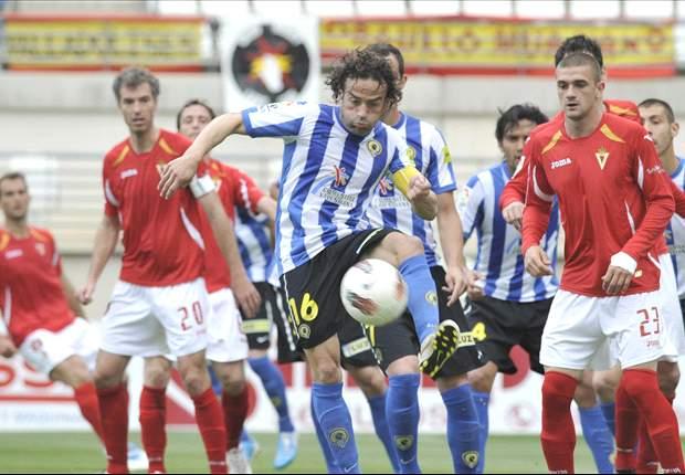 Javier Matilla, del Murcia, sancionado con seis partidos