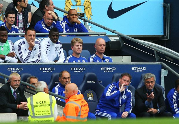 Mourinho risking Chelsea civil war with Terry axe