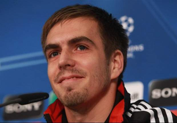 Lahm leaves Real Madrid door open