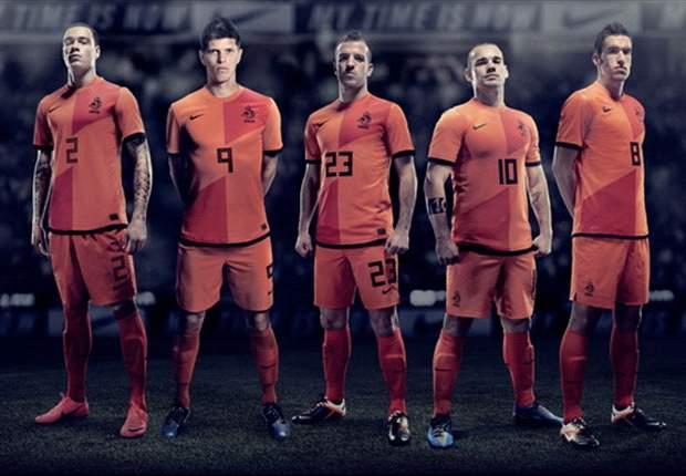 L'Olanda svela i suoi magnifici 'ventisette': Stekelenburg, Sneijder, Emanuelson e Van Bommel tra i pre-convocati per Euro 2012