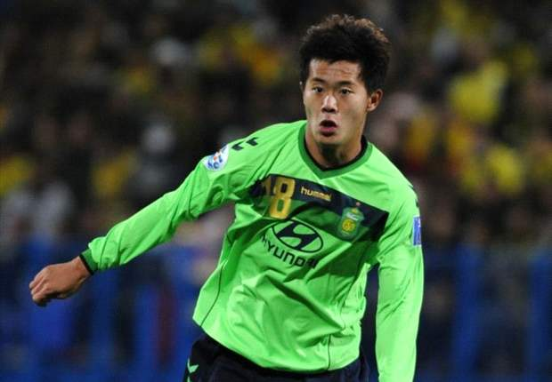 Official: Guangzhou Evergrande announce signing of Jeonbuk Motors' China international Huang Bowen
