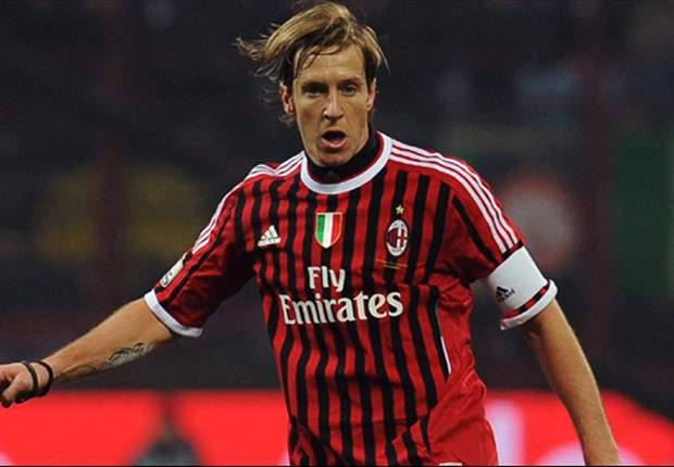 Milan's Ambrosini admits nerves ahead of Serie A season