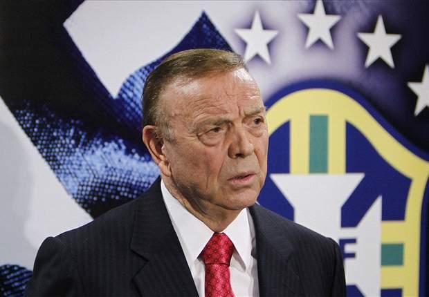 Marin desconversa sobre Mano e Ronaldo mostra confiança na seleção