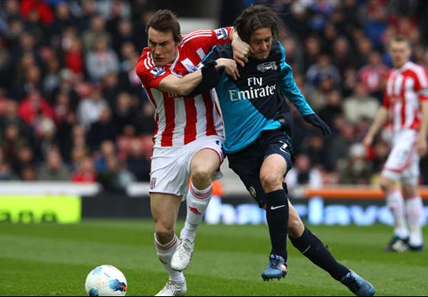 Stoke 1-1 Arsenal: Van Persie to the rescue but Gunners miss chance to tighten grip on third