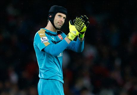 Chelsea are STILL title favourites - Cech
