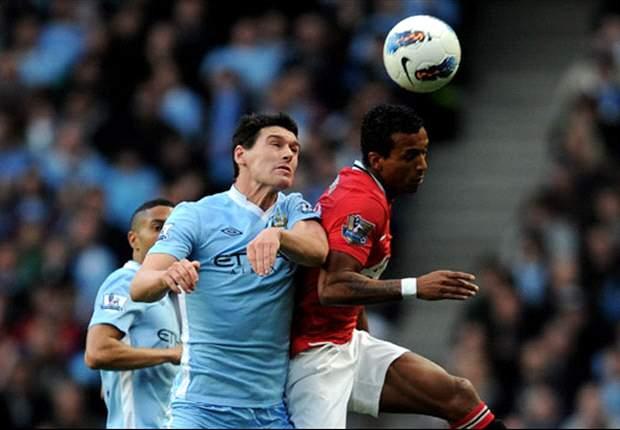 Gareth Barry es acusado de insultar al árbitro