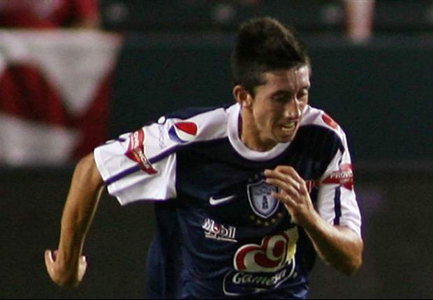 Pachuca receives Manchester United offer for Herrera