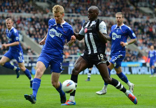 Demba Ba betont: Ich schaue nur auf die nächste Saison mit Newcastle United