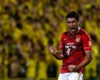 Paulinho staying at Guangzhou Evergrande after porn star indiscretions