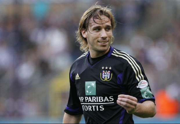 Anderlecht's Biglia claims contact with Real Madrid and Arsenal