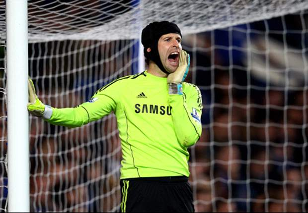 Cech wants Chelsea to kill off teams after 'nervous' Arsenal win