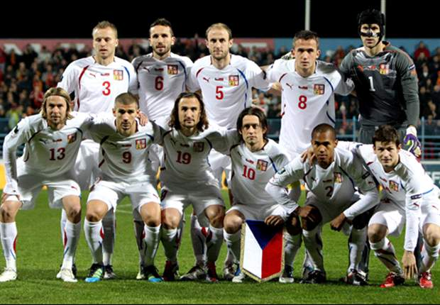 Czech Republic 1-2 Hungary: Kadlec penalty not enough as Dzudzsak & Gyursco defeat Euro 2012 hopefuls
