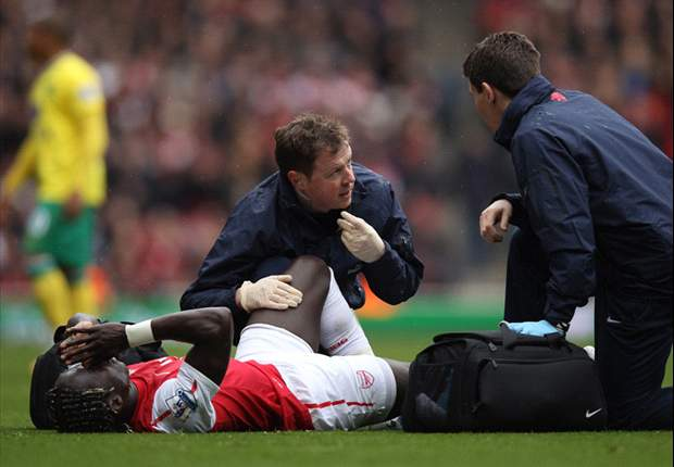 Sagna to miss Euro 2012 after breaking leg in Arsenal's 3-3 draw against Norwich City