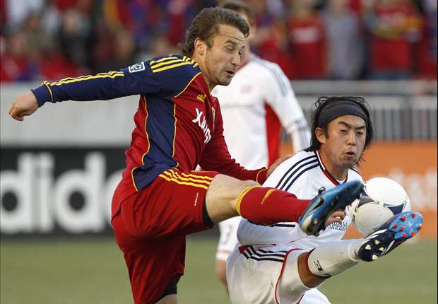 Real Salt Lake 2-1 New England Revolution: Both sides finish with 10 men in wide open match