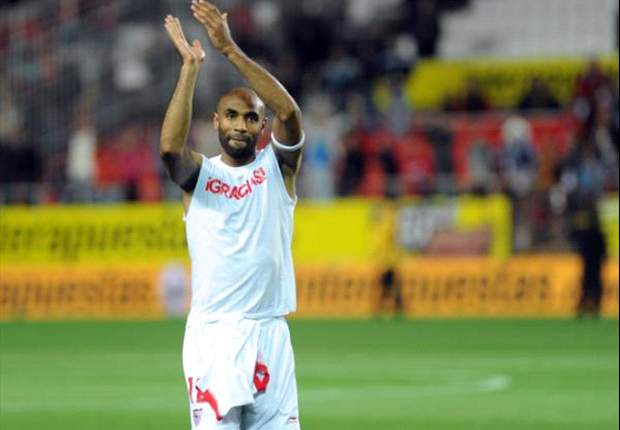 Sevilla's Kanoute reiterates vow to continue his career outside Spain