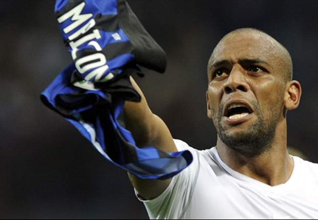 Luring Maicon to Chelsea may be a smart move by Di Matteo
