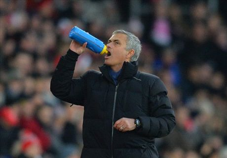 Mourinho: If Chelsea lose, I dine out