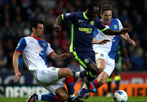 Chelsea make final push to sign Victor Moses from Wigan