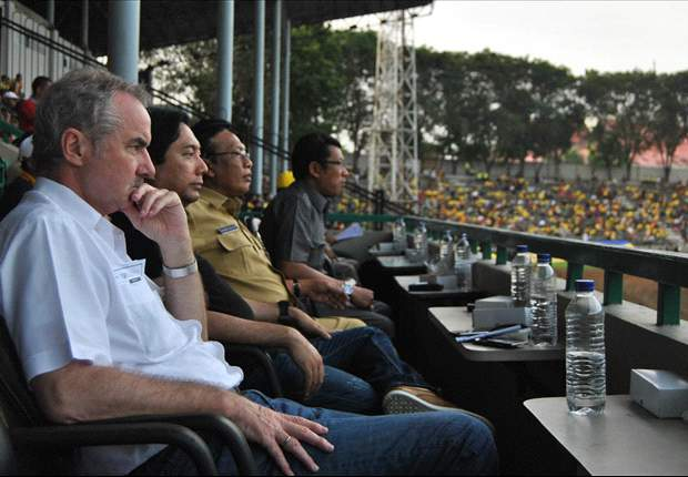 Fans Sriwijaya FC Inginkan Alfred Riedl