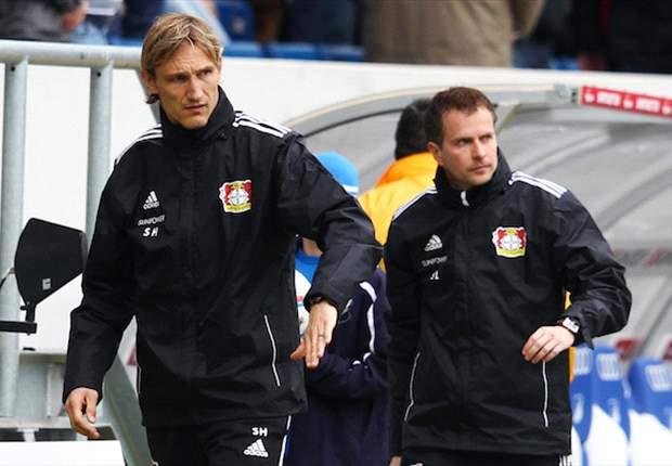 SashaLewandowskiySami Hyypiarenuevan con el Bayer Leverkusen