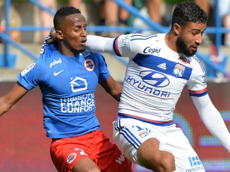 Lyon, Fekir répond à F.Hollande et soutient Benzema