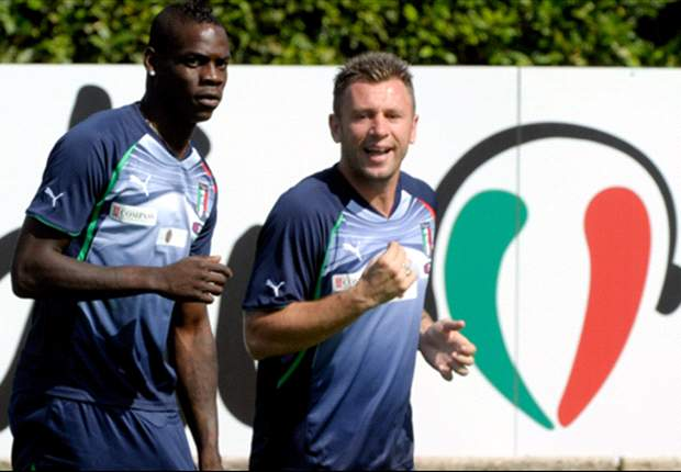 Prandelli: Balotelli, Cassano & Di Natale will go to Euro 2012, but Totti & Del Piero will not