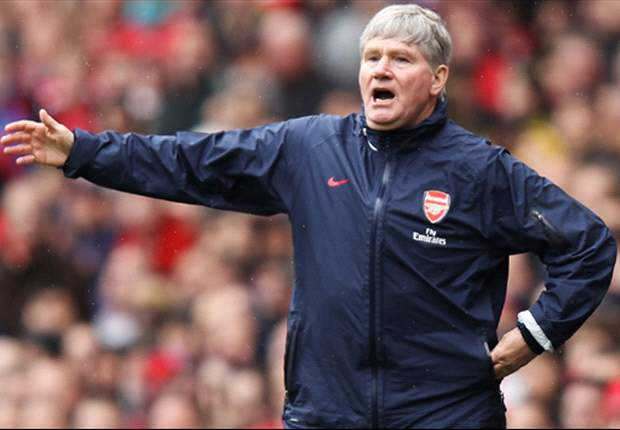 Arsenal legend Pat Rice presented with MBE