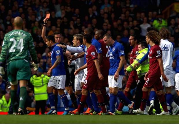 Australians abroad: Everton's Cahill sees red on final day, Langerak's DFB-Pokal final heroics