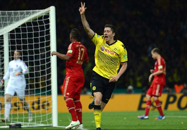 Lewandowski happy to wait for new Borussia Dortmund deal