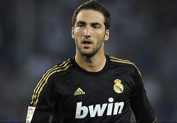 Higuain reaffirms commitment to Real Madrid