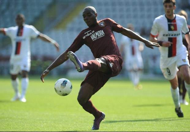 Inter join AC Milan in race for Ogbonna