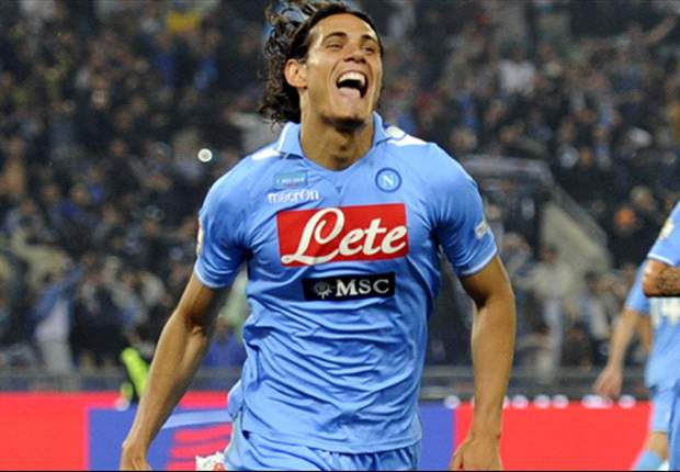 Juventus want clarity on Cavani's future
