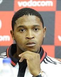 Thandani Ntshumayelo, South Africa International