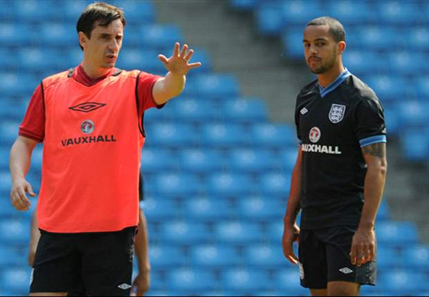 Neville: Hart can make the difference for England at Euro 2012